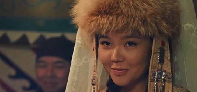 Баян сұлудың рөлін сомдаған актриса лауазымды шенеуніктің қызы болып шықты
