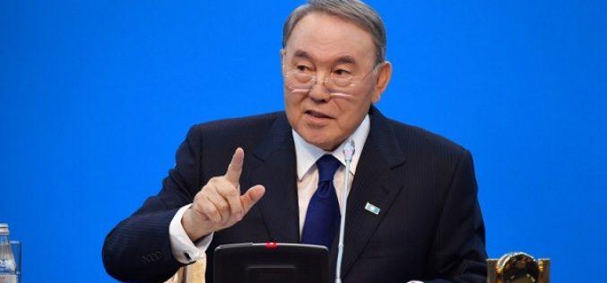 Назарбаев: Қайда жүрсем де қазағым деймін, қазақтың мүддесін іздеймін