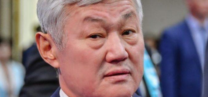 Бердібек Сапарбаев екі сиырмен қалай күн көруге болатынын айтты