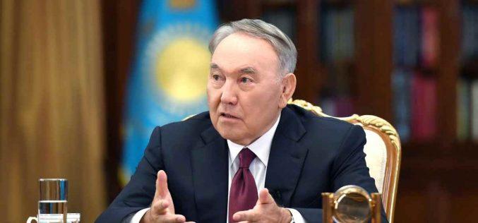 «Халық үшін, Қазақстан үшін»: Назарбаев президенттік өкілеттігін тоқтатқанына өкінбейтінін айтты (видео)