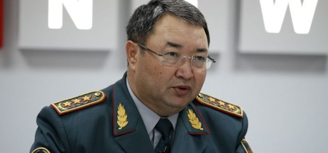 Тоқаев отставкаға жіберген экс-қорғаныс министрі тергеуге алынды