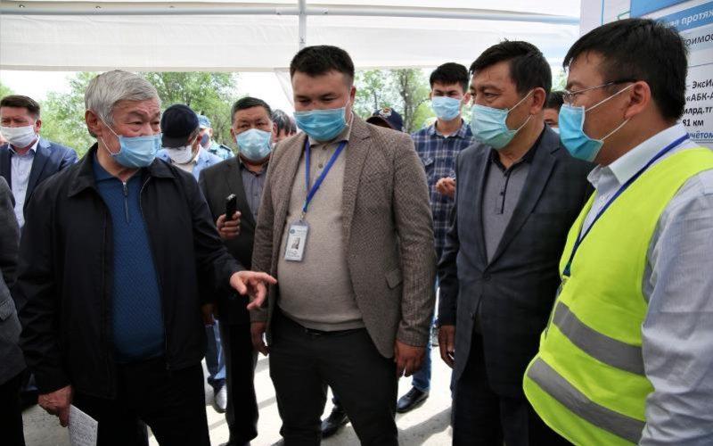 Сапарбаев қытайларды қазақ тілін білуге міндеттеді
